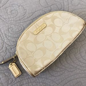 Coach Makeup Cosmetic Pouch Bag Gold